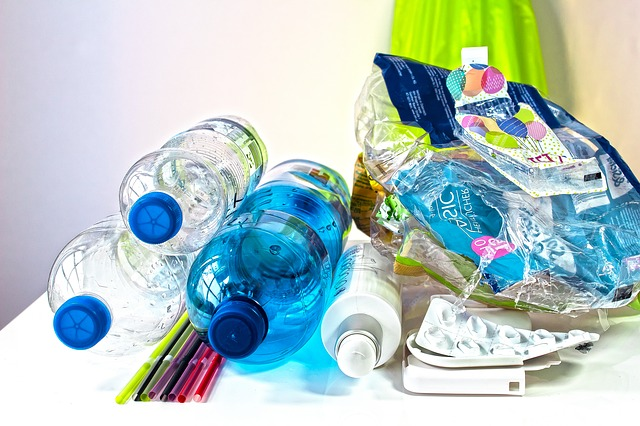 plastový odpad.jpg