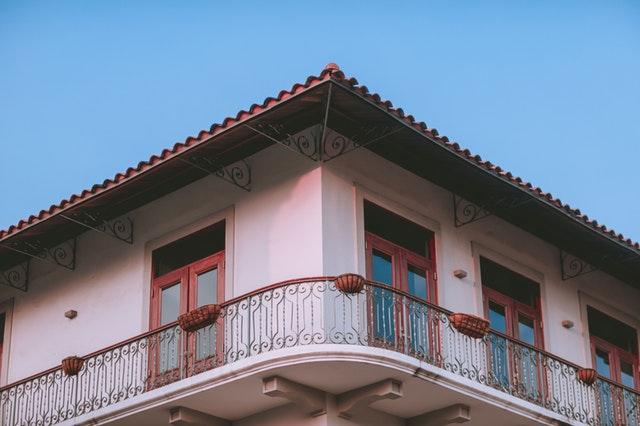 balkónové zábradlie.jpg